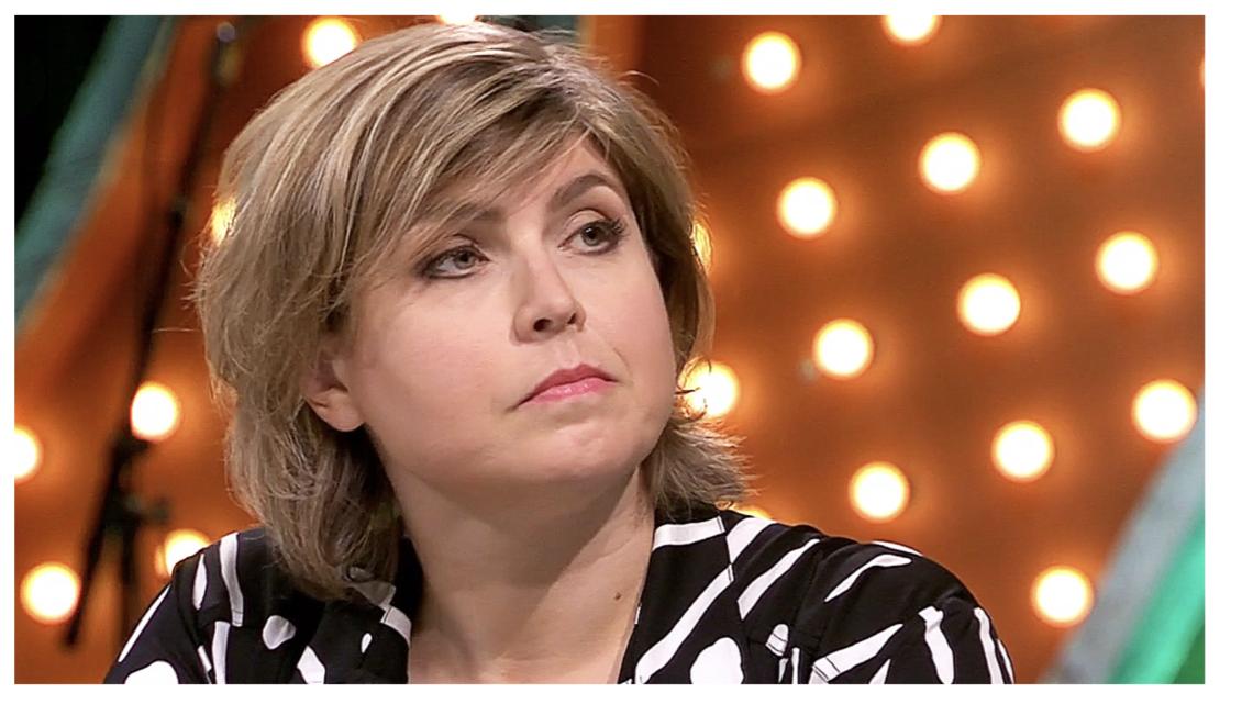 Angela de Jong betrapt tijdens wilde vrij partij: 'Door een kamermeisje'